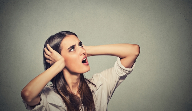 How Do I Deal with Noisy Neighbours?